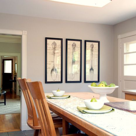 beautiful, clean dining room